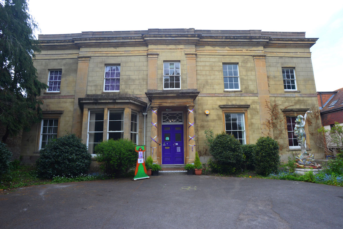 Goddess House, Photo by Kim vol Coels